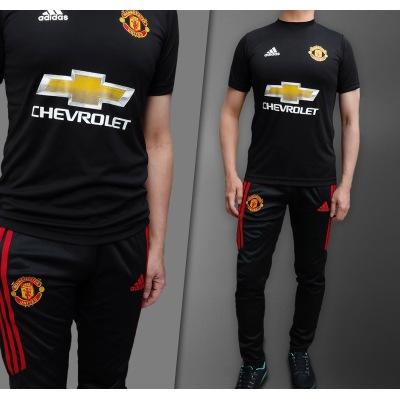 ست تیشرت شلوار ورزشی منچستر یونایتد جنس فلامنت با قیمت خوب مناسب برای استفاده آزاد و ورزشی